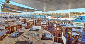 Ontbijten met uitzicht op de jachthaven in het Tivoli Marina Resort